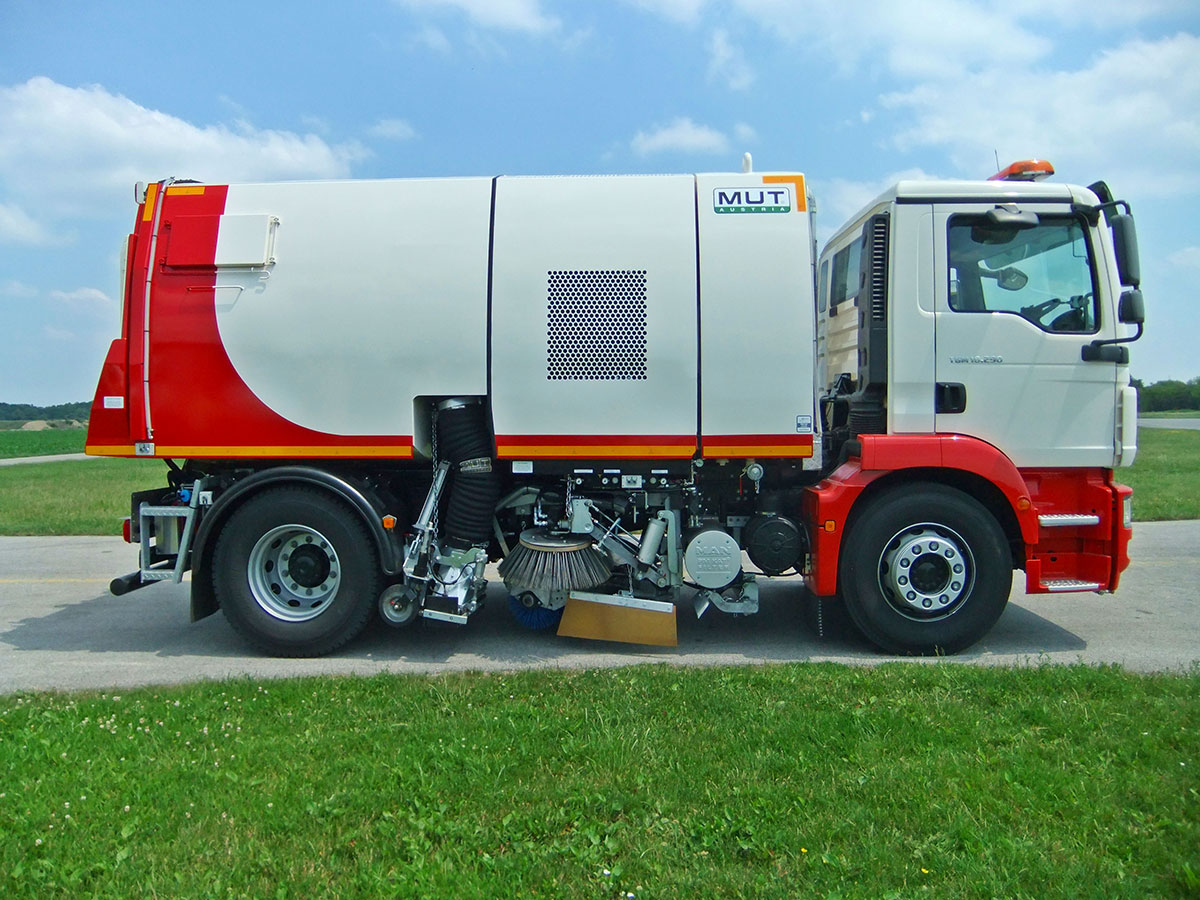 Road Sweeper M U T Austria